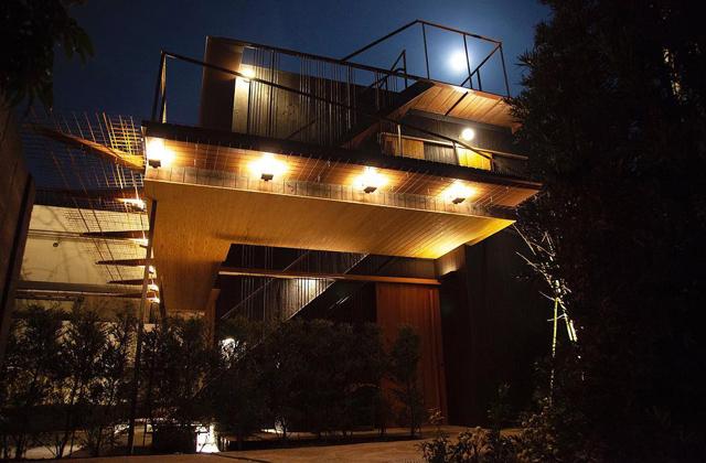 新築 岸家旅館の夜